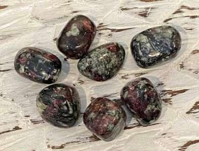 eudialyte stones